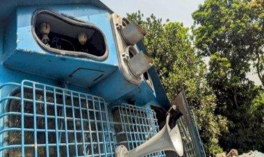চলন্ত ট্রেনে হামলা : বন্ধ ঢাকা-চট্টগ্রাম-সিলেট রেল চলাচল