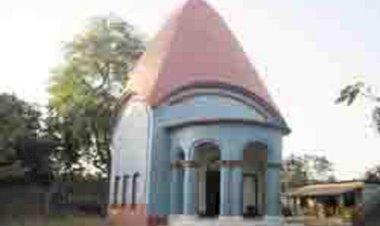 স্বাস্থ্যবিধি মেনে ঠাকুরমান্দার রঘুনাথ মন্দিরে রামনবমীর পুজা