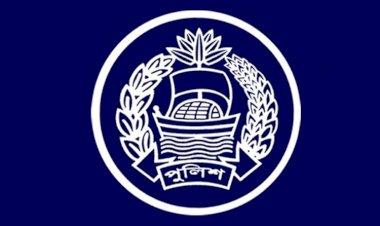 পুলিশ দম্পতির মামলা : স্ত্রী বহাল, স্বামী বরখাস্ত